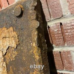 Stunning Front Armour & Concrete Paint- WW2 German Army Panzer Stug 3 Relic Part