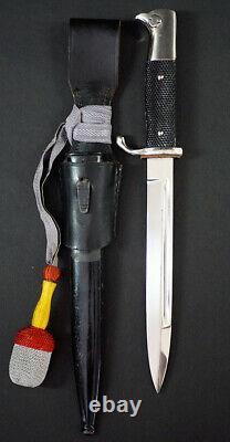 Ww2 German Army Dress Bayonet, Complete With Bayonet Frog & Knot