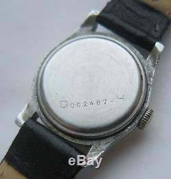 Etanche Dh Wristwatch Armée Allemande Wehrmacht De La Période Seconde Guerre Mondiale. Militaire
