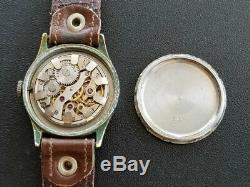 Helvetia Dh Swiss Seconde Guerre Mondiale Guerre Pilote Armée Allemande Militaire Black Vintage Montre-bracelet