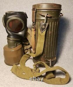 Masque Et Boîte De Gaz Originaux De L'armée Allemande De La Seconde Guerre Mondiale