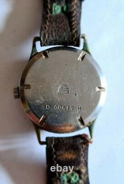 Montre De L'armée Allemande Helma De La Seconde Guerre Mondiale Avec Bracelet En Cuir D'origine